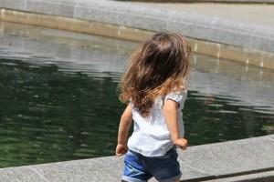 小孩老说头疼是怎么回事呢有利于缓解小孩头痛的食物