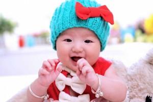 婴儿鼻子出奶危险吗宝宝吐奶怎么应对