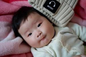婴儿头偏怎么纠正婴儿头睡偏了有危害吗