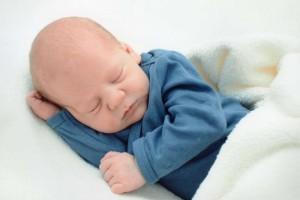八个月宝宝可以吃蒸鸡蛋吗八个月宝宝需要提高的能力有哪些