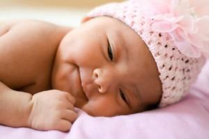 2个月宝宝肠绞痛怎么办2个月宝宝肠绞痛症状有哪些